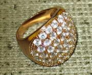 Кольцо с фианитами, покрытое золотом. Николаев